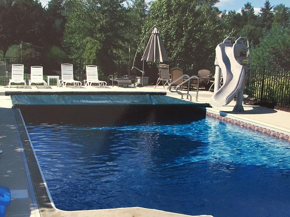 inground-pool-rectangle-south-hills-pittsburgh-slide-automatic-cover