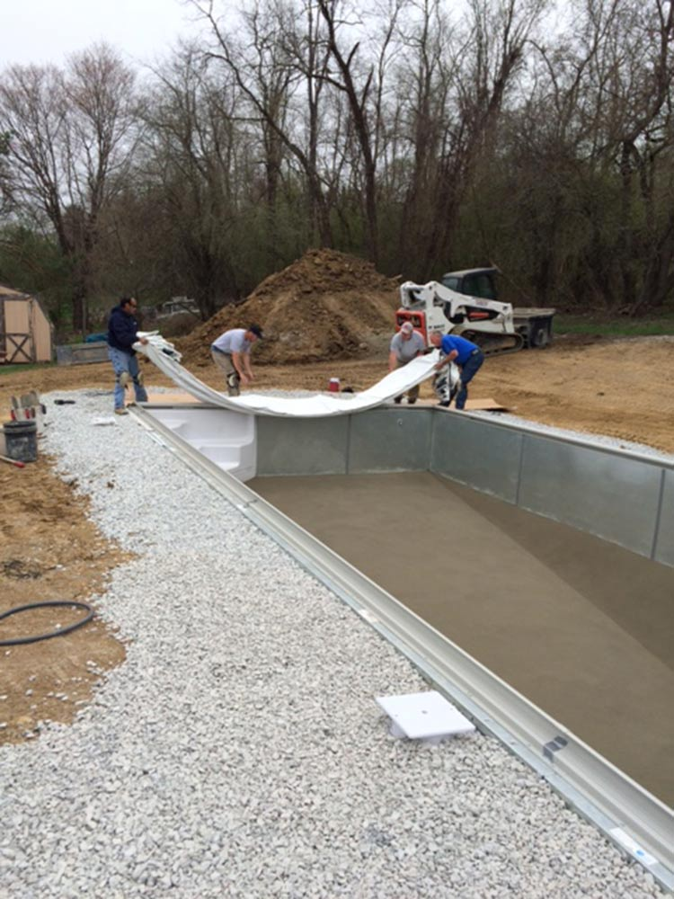 inground-pool-south-hills-pittsburgh-construction-liner-before