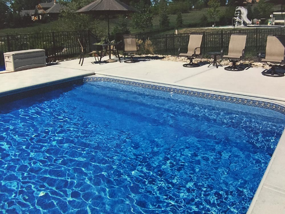 inground-pool-south-hills-pittsburgh-liner-over-steps-walk-in