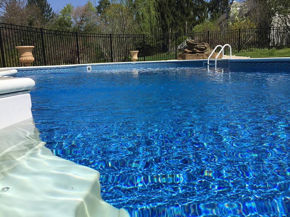 inground-pool-south-hills-pittsburgh-water-clear
