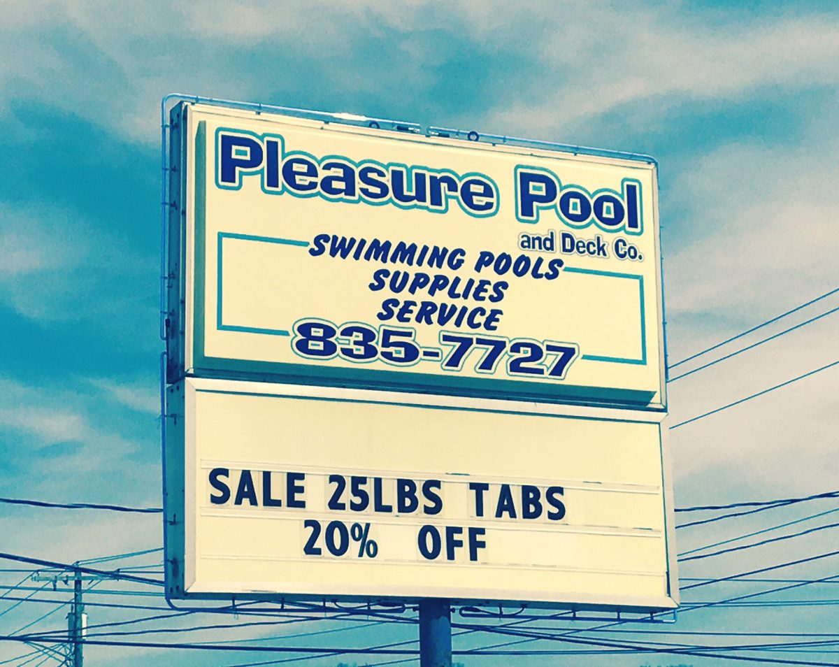 PLEASURE POOL AND DECK